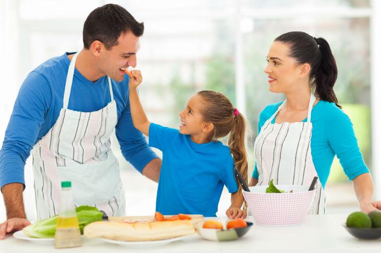 la familiar cocinar en familia trampantojo